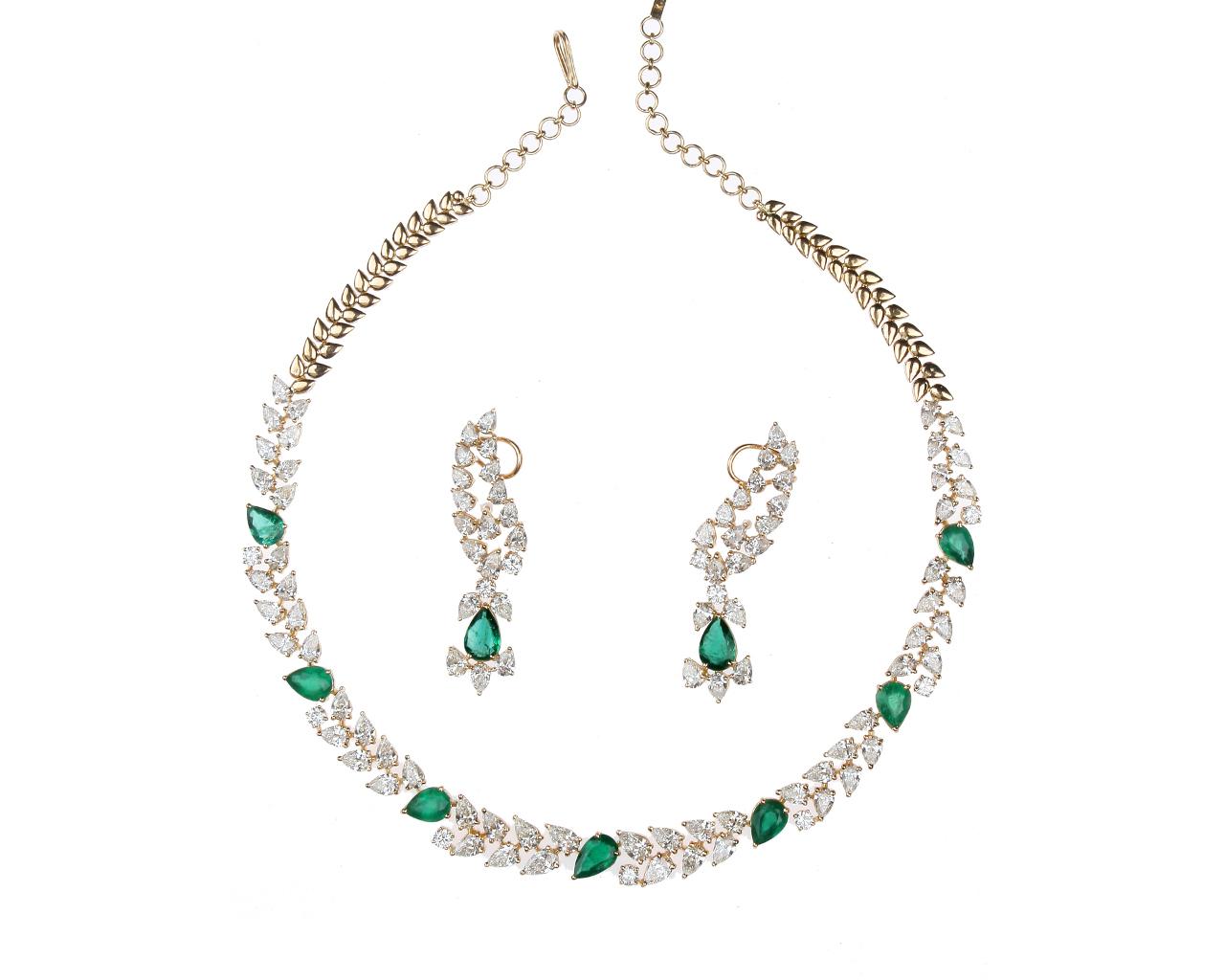 Gallery 18k diamond necklace jewellery mozeypictures Choice Image